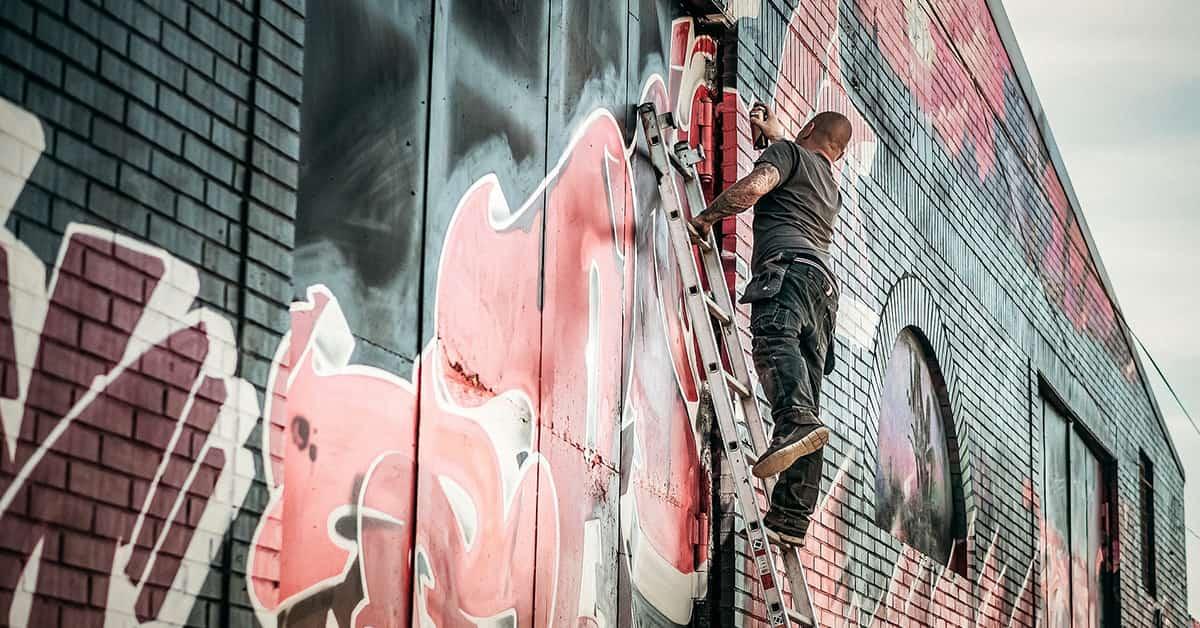 limpieza de graffitis en fachadas